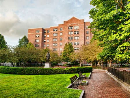 franklin square courtyard located in syracuse, new york