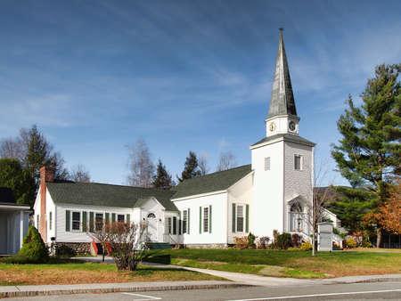 小さなアディロンダックの町にあるキリスト教の教会 写真素材