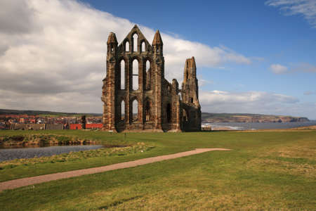 whitby: Whitby Abbey View across the bay, North Yorkshire Stock Photo