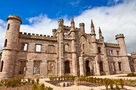 castello medievale: Castello medievale in Inghilterra. Editoriali