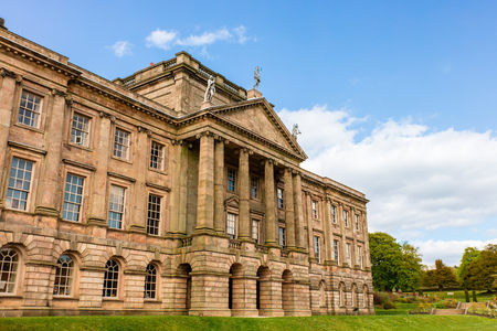lyme: Facade of the historic Lyme Hall and park in Cheshire, England.