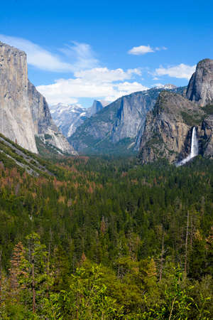 bridalveil fall: Breath taking view of El Capitan and Bridalveil Fall at Tunnel View , Mariposa County, Yosemite National Park in the western Sierra Nevada mountains.
