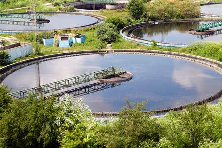 biomasa: Construcci�n de la limpieza para un tratamiento de las aguas residuales Foto de archivo