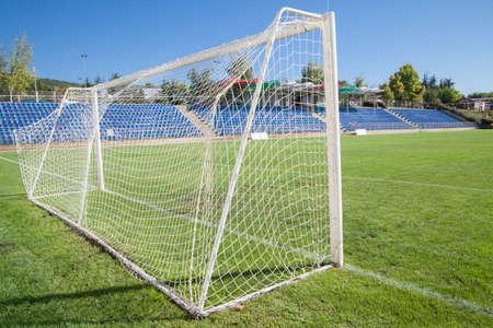 ネット サッカー ゴール サッカー緑の草 写真素材