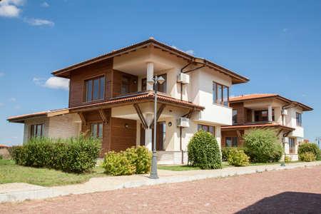 郊外の住宅。完璧な近所