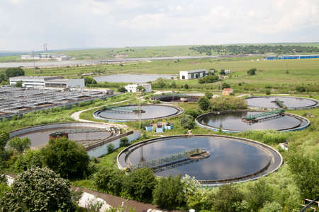 excremental: Cleaning construction for a sewage treatment