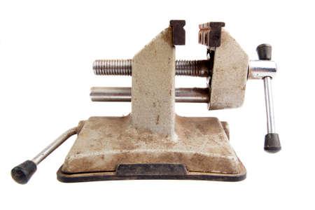 vise: Herramienta vieja prensa de tornillo oxidado, aislado