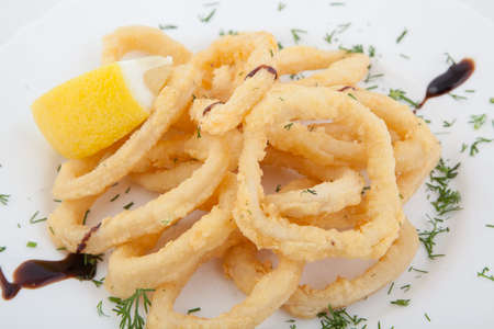 calamares: Deep fried calamari rings