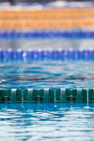 piscina olimpica: Close up of swim lanes in olympic swimming pool