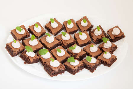 chocolate cakes: party platter with small chocolate cakes Stock Photo