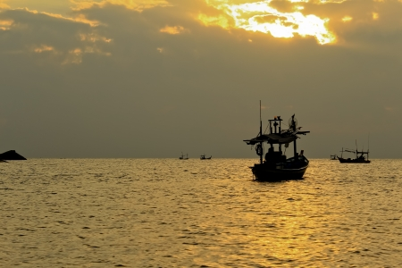 Fishing boat in thai sea, Thailand Stock Photo - 13986039