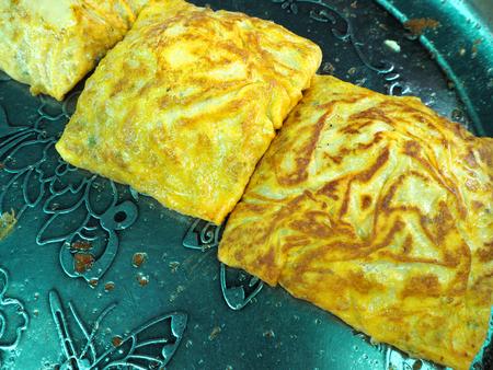 omlet: Stuffed Crispy Egg-crepe Omlet