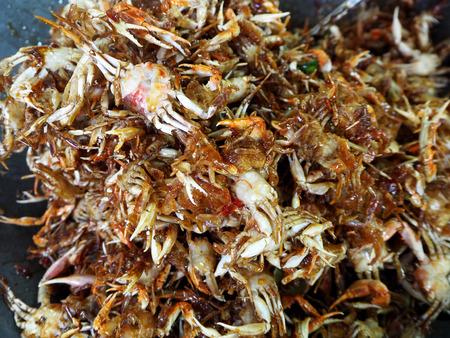 amphawa: fried crabs at floating market, amphawa, Thailand