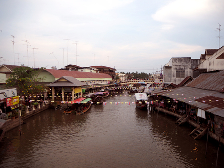 famous place: Amphawa floating market is the famous place to visit in Thailand