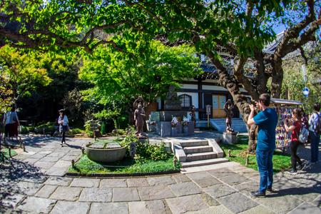 Hase-dera Temple. popular Buddhist temple in Kamakura, Japan - Sep, 2018. Standard-Bild - 120301338