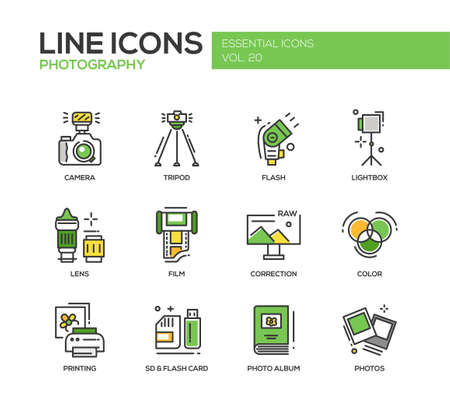 Set of modern vector line design icons and pictograms of photography tools and equipment. Camera, lightbox, tripod, flash, lens, film, color, correction, photos, printing Vetores