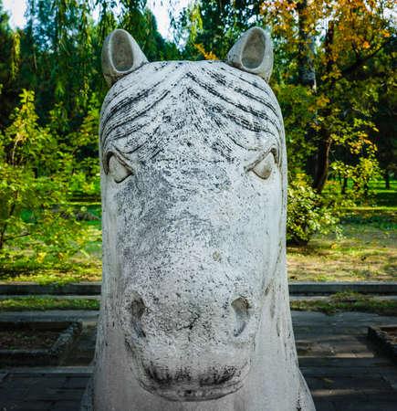 Ming Dynasty Tombs of Ming Dynasty gods head always lying