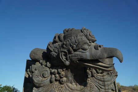 Bali, Indonezja, 5 listopada 2019: Pomnik ptaka Garuda w Parku Kultury Garuda Wisnu Kencana Zdjęcie Seryjne