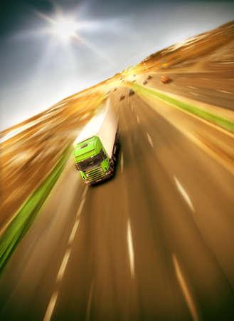 transporte de mercancia: soleado - ver muchos otros camiones en mi cartera