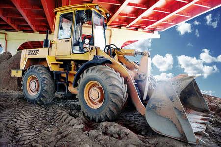dovere: bulldozer in un cantiere edile Archivio Fotografico
