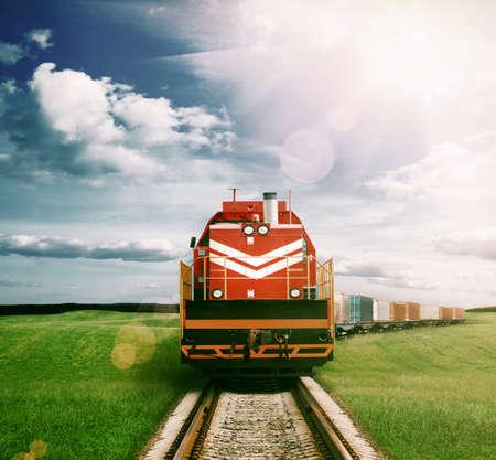 on train: tren de carga