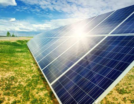 paneles solares: Paneles de energía solar  Foto de archivo