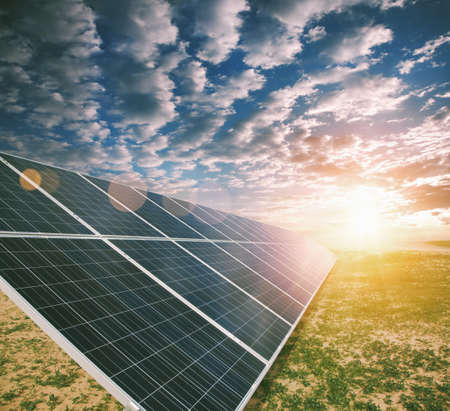 energia solar: Paneles de energía solar  Foto de archivo