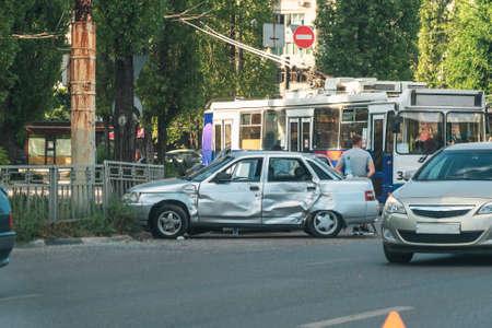Car crash accident in city road. Broken auto. Foto de archivo