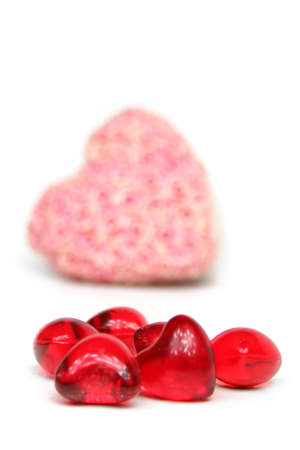 yearning: a red heart with flowers on a white background - Love Valentine ´s Day