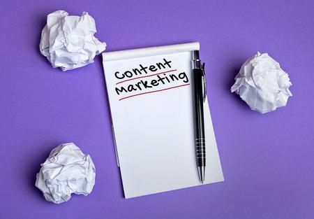 Content marketing word on notepad Archivio Fotografico