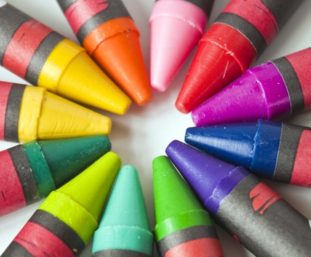 color mixing: Crayon points in a circle similar to the colorwheel for color mixing.
