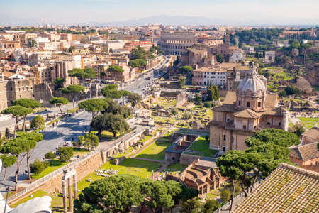 Aerial view of the Roman Forum and Colosseum in Rome, Italy Reklamní fotografie - 98251279