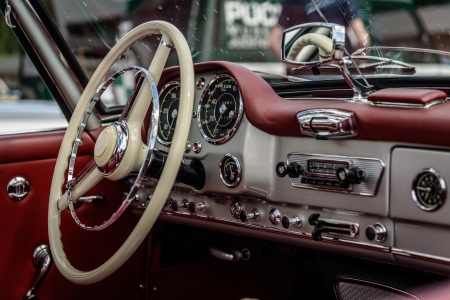 oldtimer: Driver s cockpit of a classic car