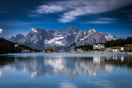 Lago Misurina, Misurina lake at summer in Dolomite Alps, Italy, Europe  Dolomites