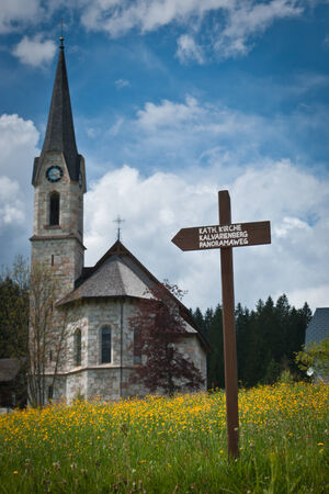 orte: Church in the mountains with flowering fmeadow  ,Gosau,Salzkammergut,Austria