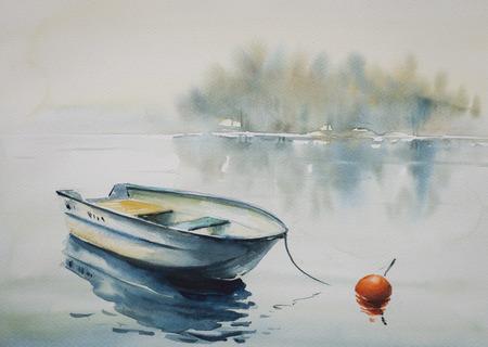 Aquarel schilderij van een landschap met houten boot op de rivier, bedekt met mist. Stockfoto