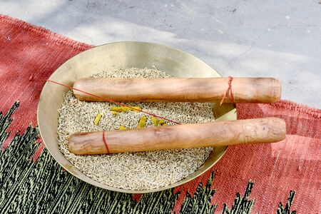 Tel Baan Ritual, haldi ceremony in Indian Wedding Banque d'images
