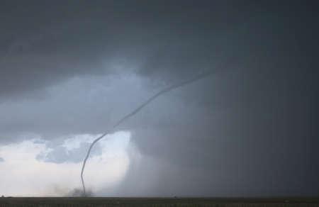 roped: A aquellos fuera tornado, justo antes de que levanta a las nubes