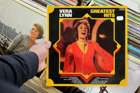 THE NETHERLANDS - OCTOBER 2016: Album: Vera Lynn - Greatest Hits.LP record of the English singer, songwriter and actress, Vera Lynn, in a second hand store. Publikacyjne