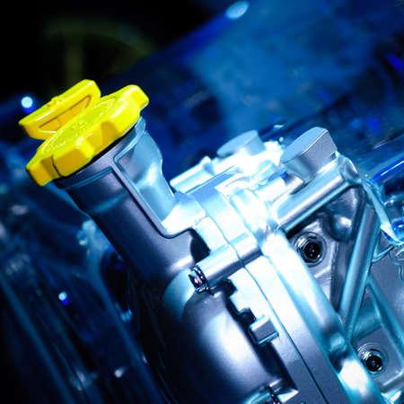 motor race: motor van de auto deel close up