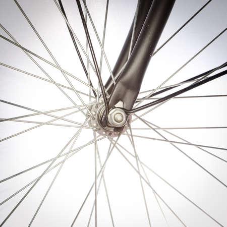 bicicleta retro: detalles de la bicicleta aislado en blanco