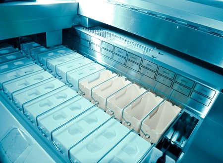 colouration: medical science equipment rotary microtome slicing chromatank dye tank