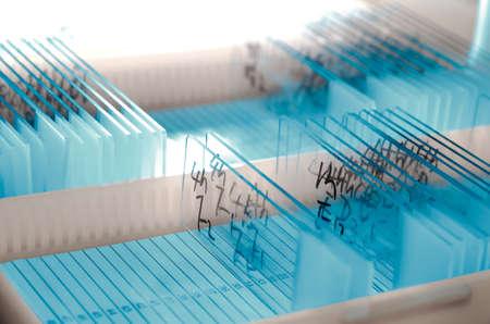Medizinischen biologischen Wissenschaft Ausrüstung Hintergrund Glasobjektträger Standard-Bild - 11730132