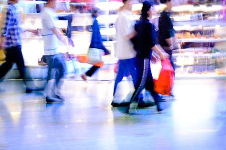 City Shopping Menschen Zuschauern im Markt abstrakten Hintergrund Standard-Bild - 13462978