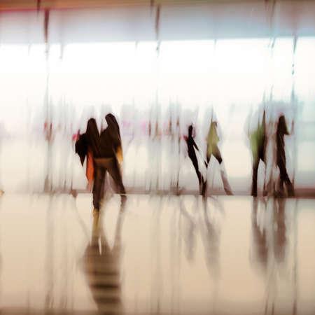 urban colors: gente de la ciudad de negocios fondo abstracto borroso de movimiento