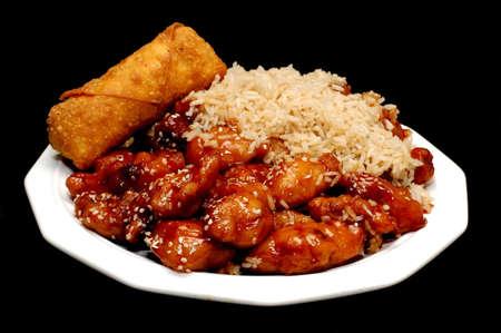 arroz chino: Chino Alimentaci�n, Sesame Chicken, aislados en Negro