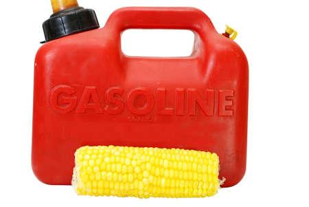 Gasoline can and corn to show energy concept.   Foto de archivo