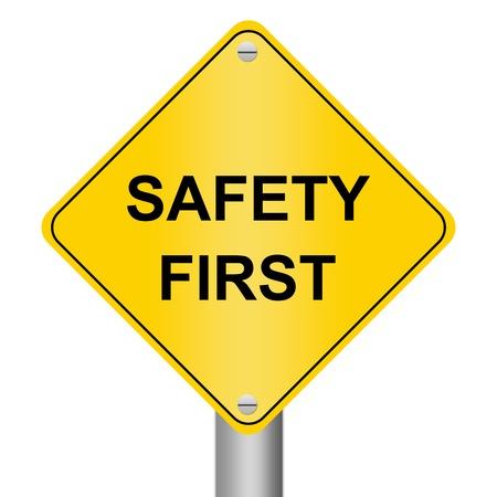 seguridad e higiene: El signo de Seguridad Vial aislado por primera vez en el fondo blanco Foto de archivo