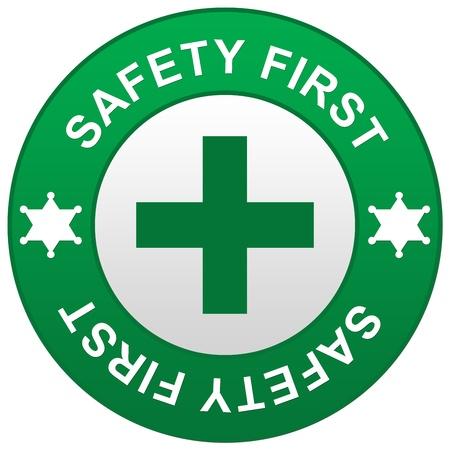 primeramente: La se�al de seguridad verde aislado por primera vez en el fondo blanco Foto de archivo