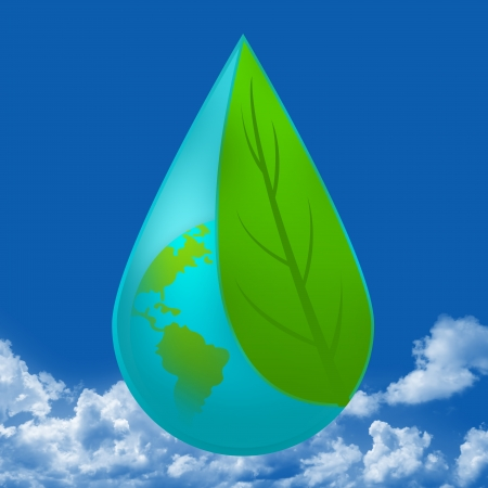 ahorrar agua: Gota de agua con el interior de la Tierra cubierta por la hoja verde por concepto de agua en Guardar Fondo Del Cielo Azul